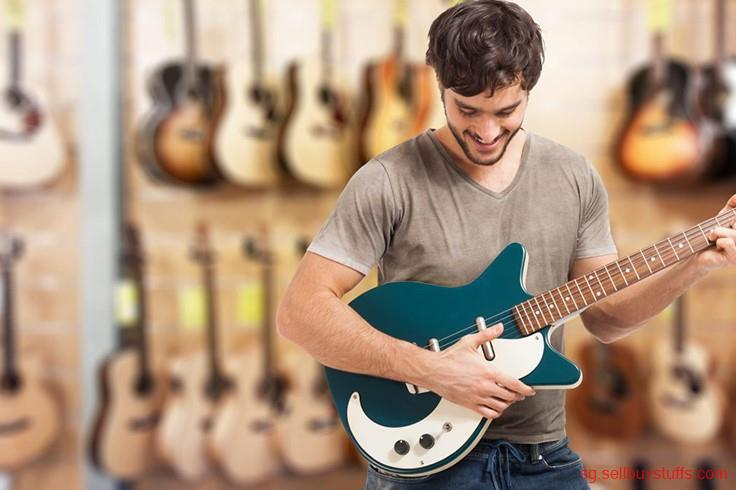 second hand/new: Best Guitar Lessons for Singapore